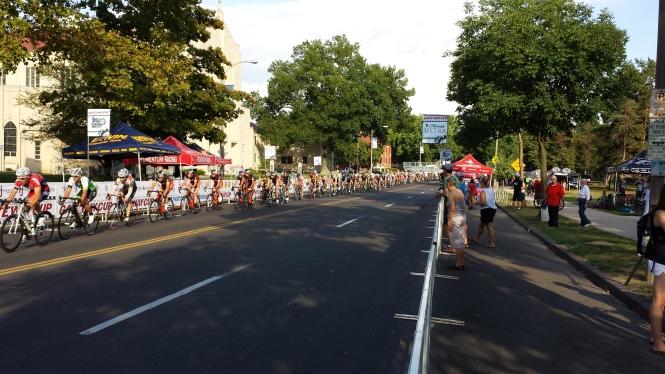 Saturday Race-Tour of Francis Park- Gateway Cup Pro/1/2 Field Strung Out